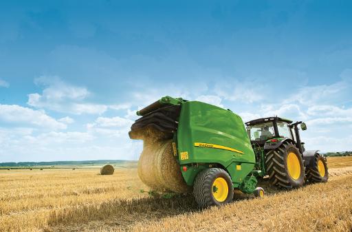 Automatisation de la combinaison tracteur-presse à balle ronde